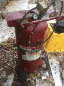 Old Sanborn M165B00-30UP air compressor